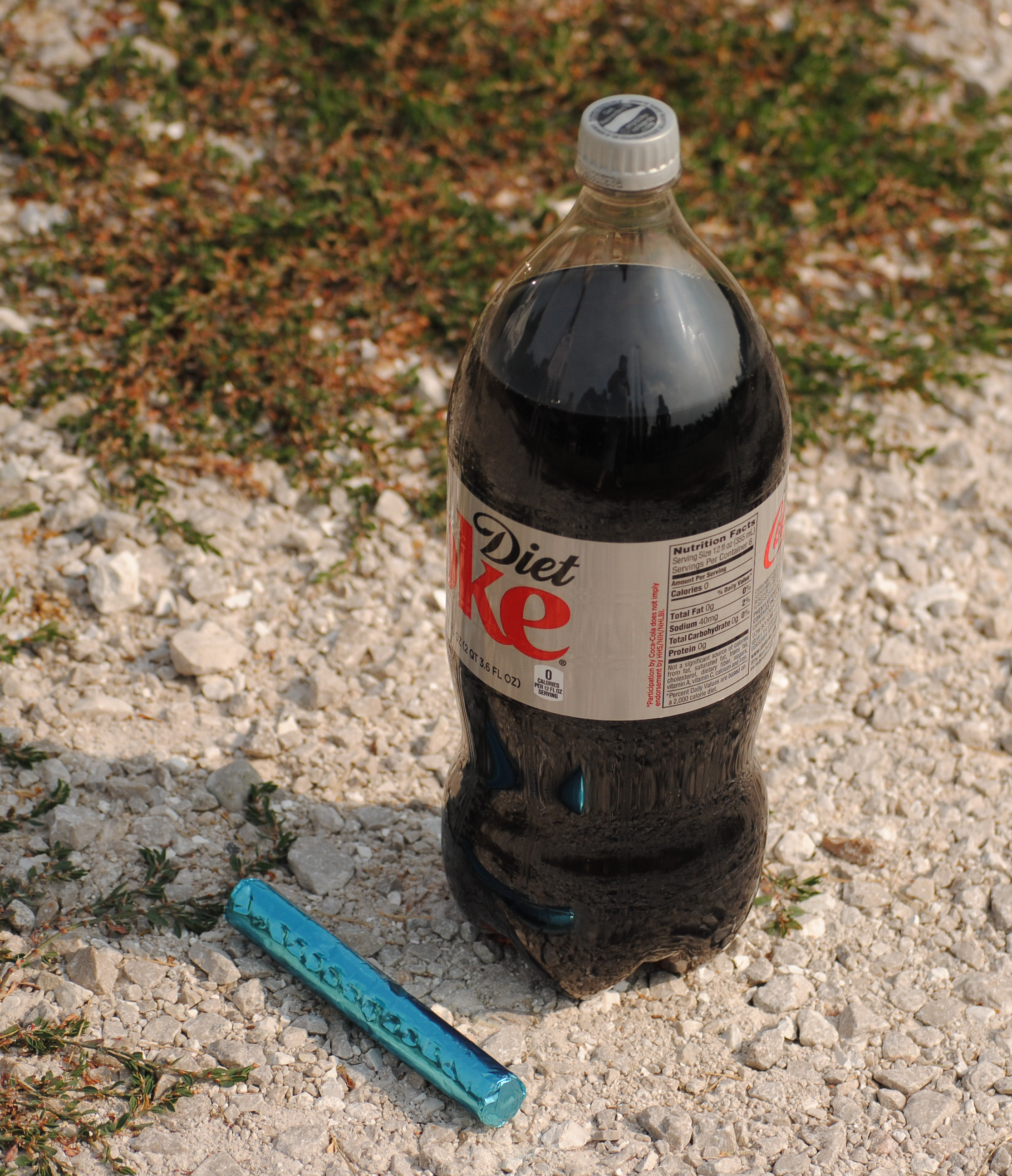 Science Experiment: Diet Coke and Mentos Geyser ... |Coke And Mentos